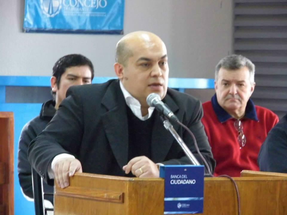 Lic. Gustavo Yllanes expuso en la Banca del Ciudadano