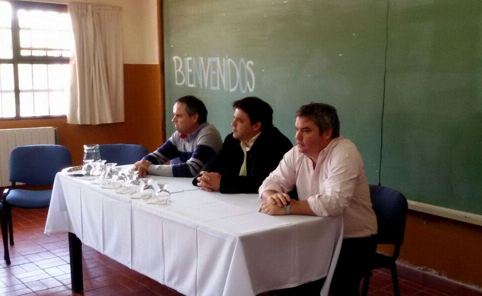 Charla-Debate junto a los alumnos de la Escuela de Agricultura