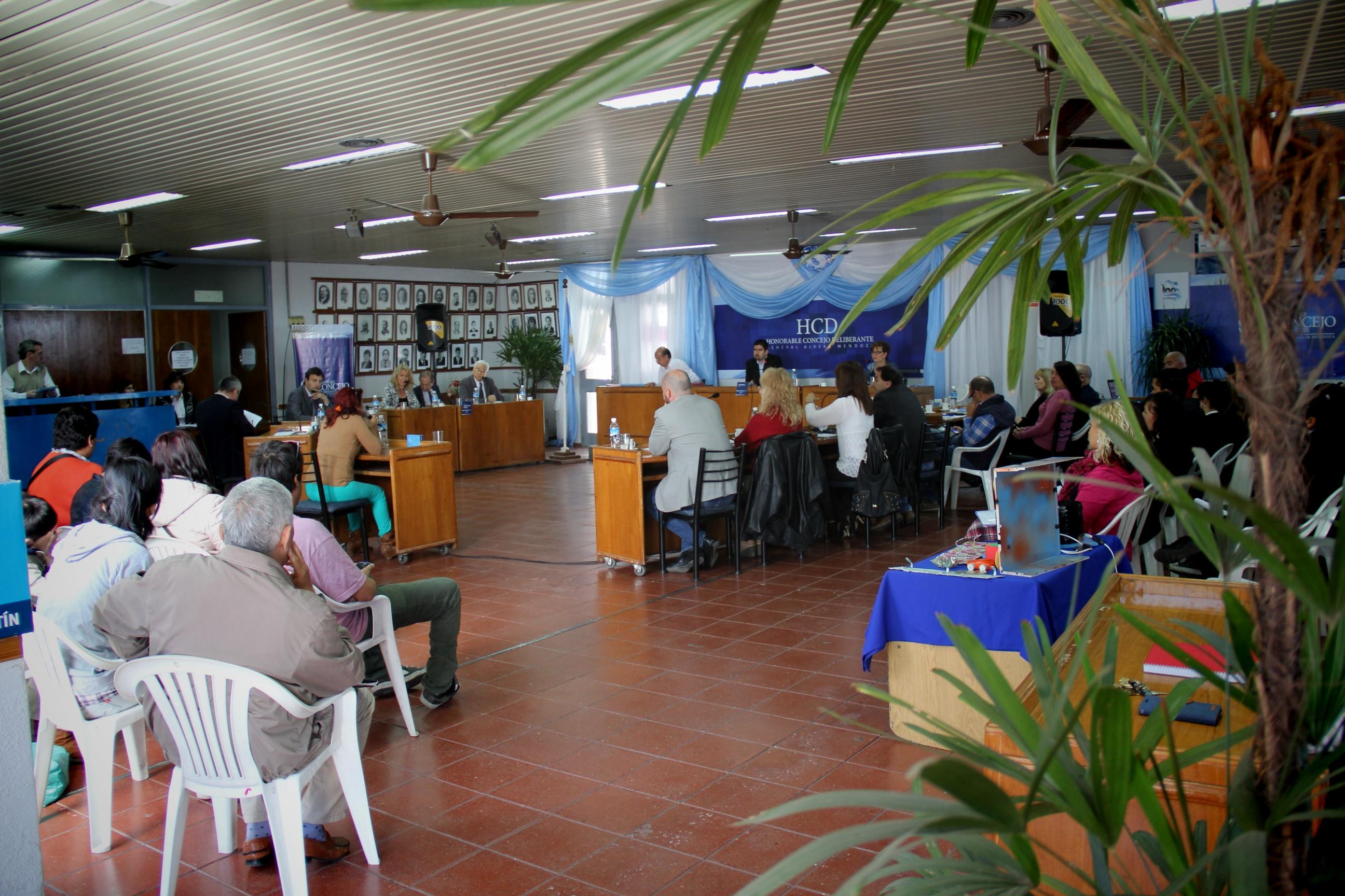 El Concejo Sesiona este mediodía y buscará regular las Fiestas Privadas