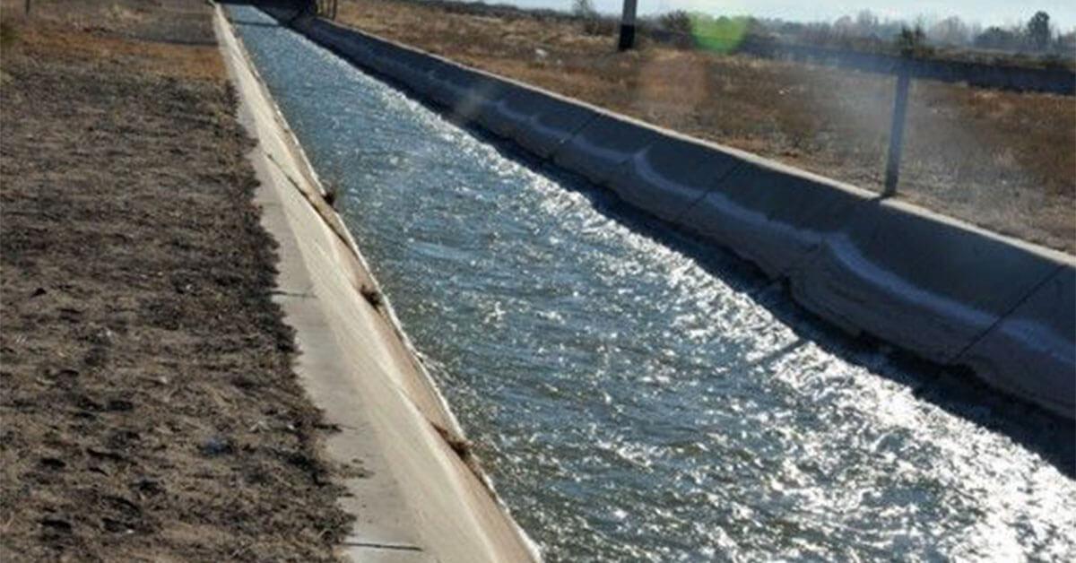 """Sesión Especial: Pedido de eliminación del Item """"Mantenimiento Obras del Marginal"""" de los Impuestos de Irrigación"""