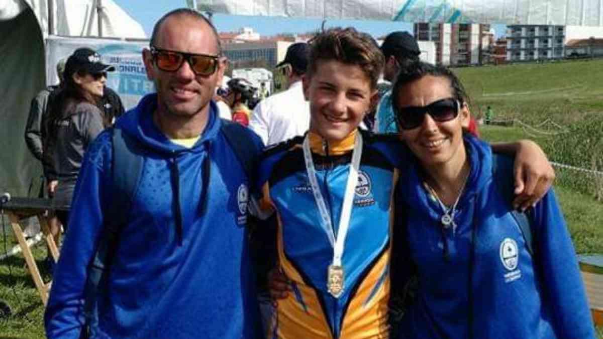 Se propuso reconocer la trayectoria de Ángelo Zancan y de la escuela MTB ALVEAR TERRA